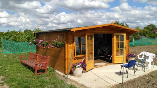 photo of communal cabin on allotments